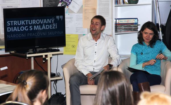 Národní pracovní skupina pro strukturovaný dialog s mládeží: Debata Olomouc